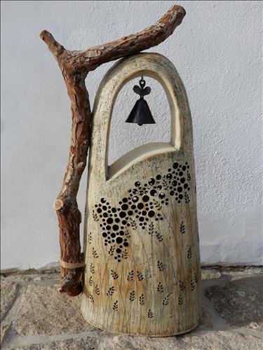 """Zvonička"", 80 x 35 cm, šamotová hlína, pálená na 1250°C, r. 2019"